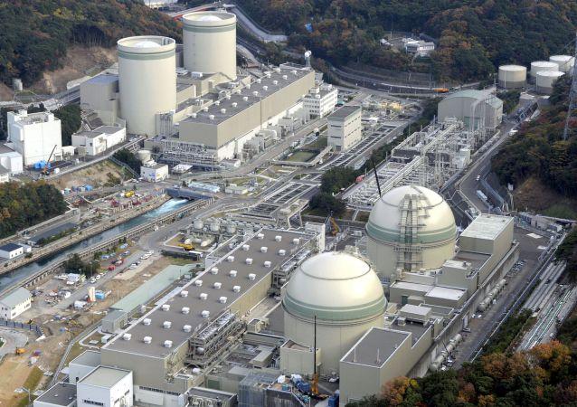 Vista aérea dos reatores da usina nuclear de Takahama, na província de Fukui, Japão (imagem referencial)