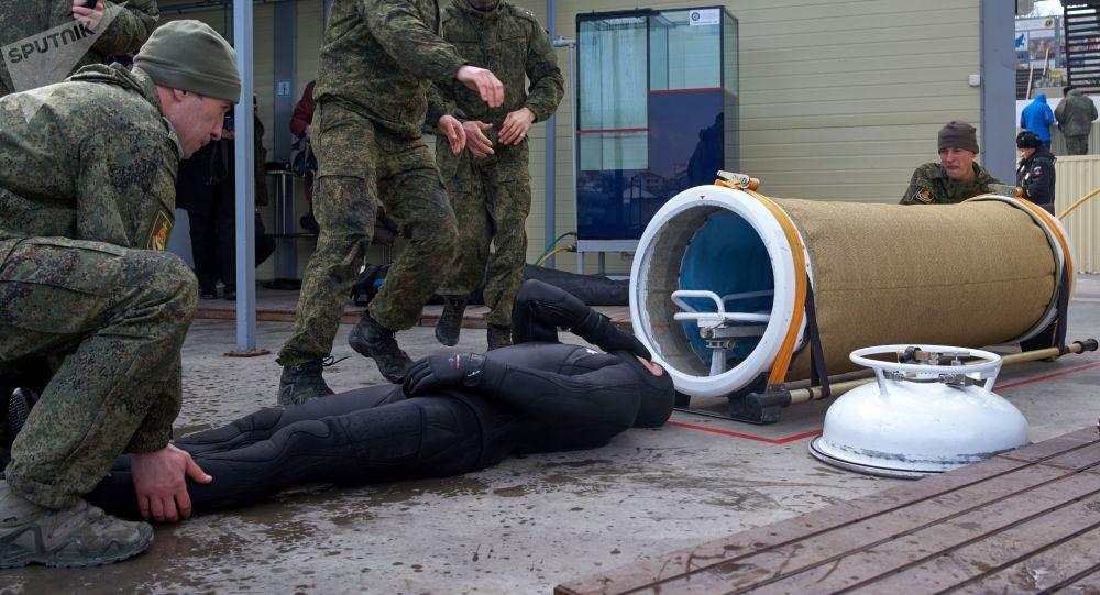 Marinheiros russos treinam operação de resgate (imagem referencial)