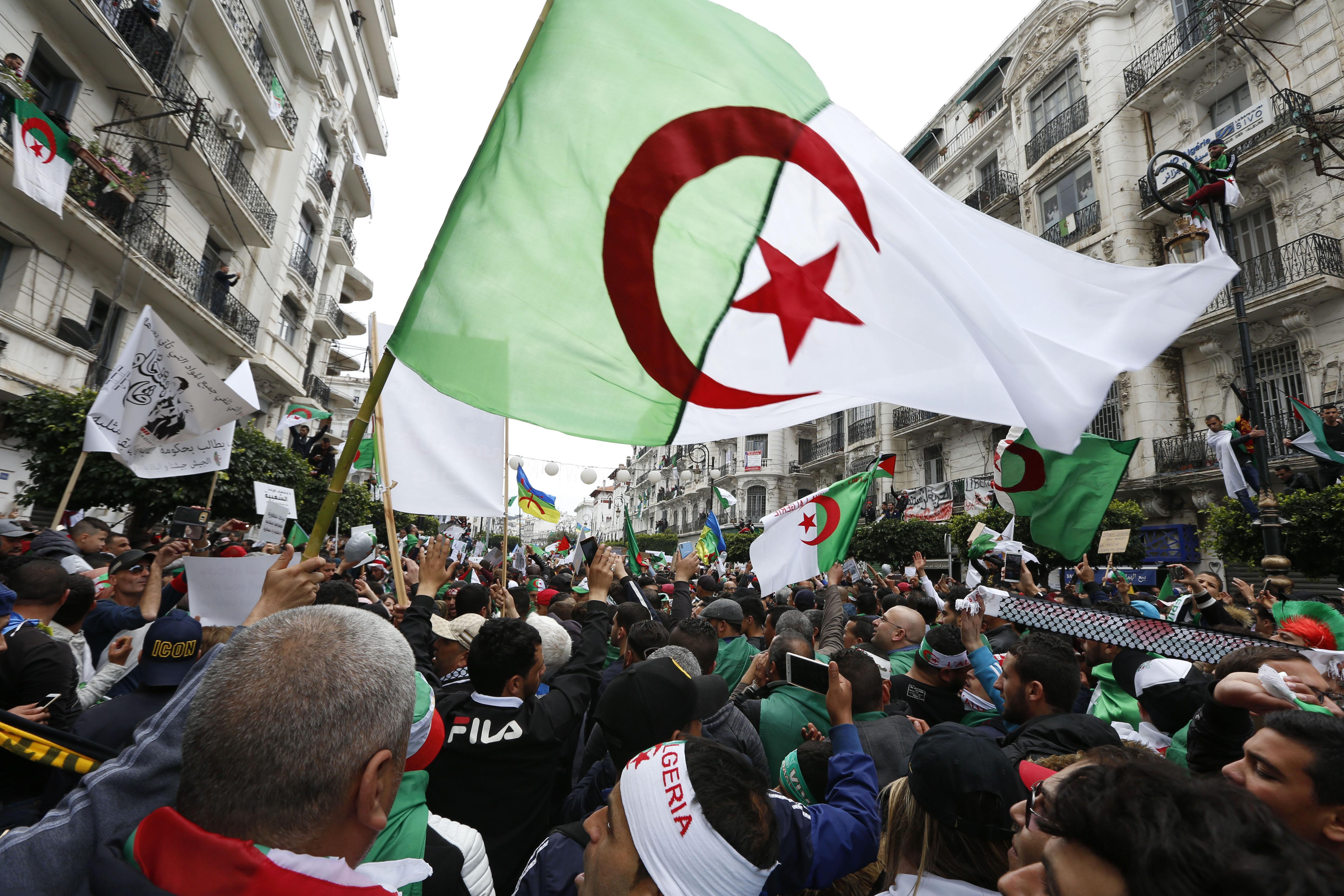 Manifestação na Argélia (imagem de arquivo)