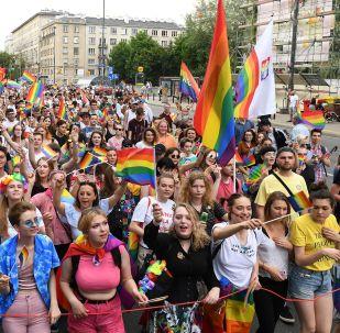 Parada LGBT na cidade de Varsóvia, capital da Polônia, em 8 de junho de 2019