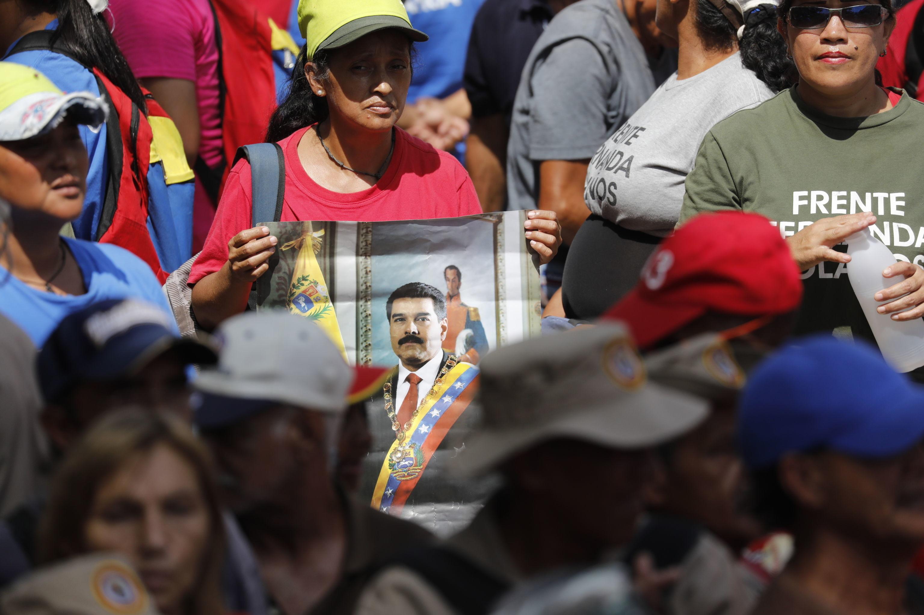 Apoiadores do presidente Nicolás Maduro em Caracas, na Venezuela (foto de arquivo)