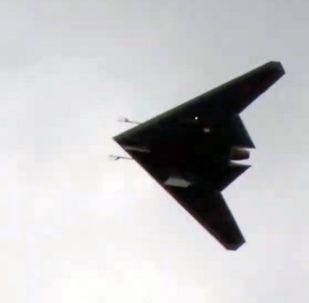 Primeiro voo do novíssimo drone militar da Rússia Okhotnik