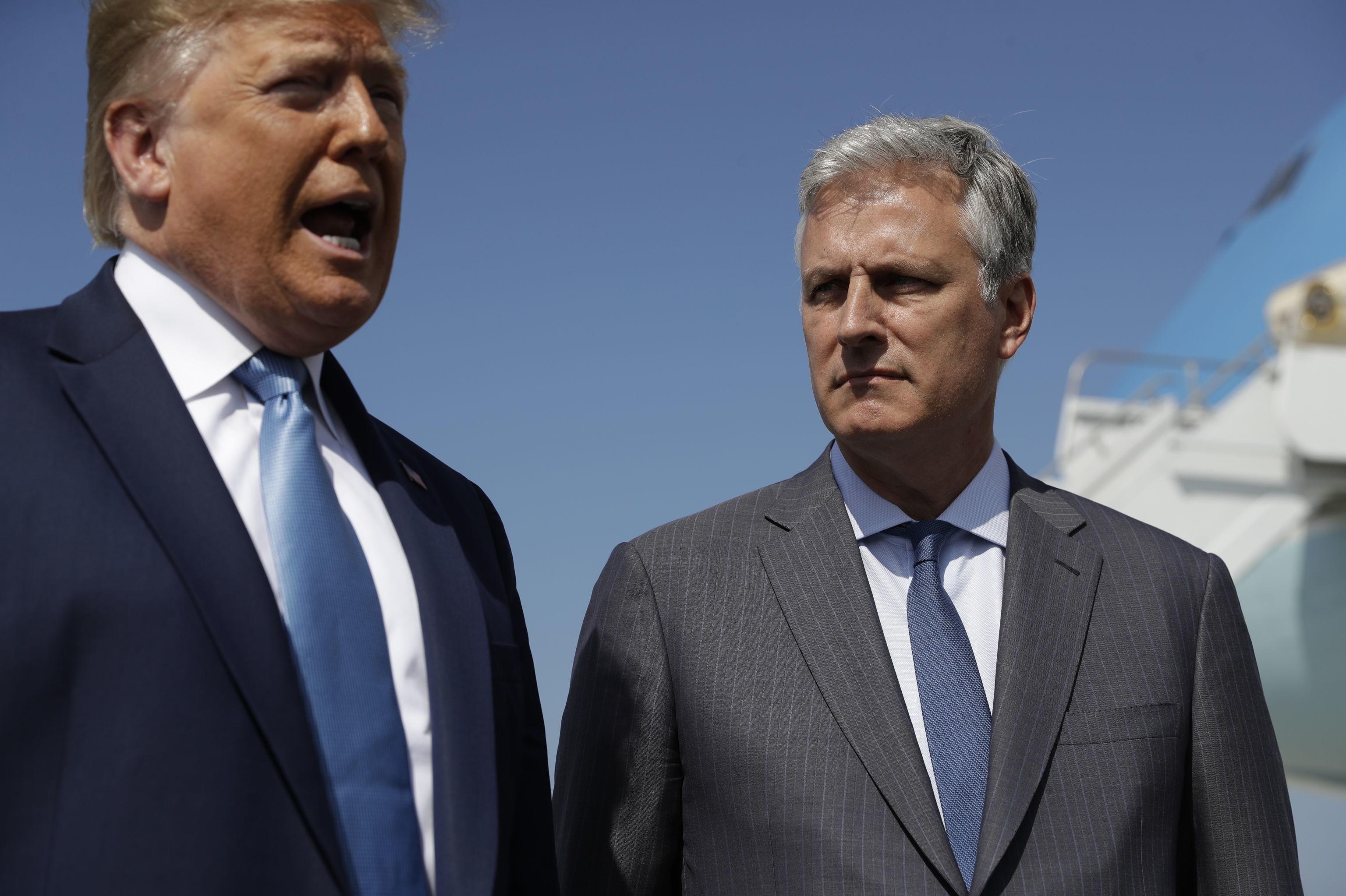 O presidente dos EUA, Donald Trump, e seu novo assessor de Segurança Nacional, Robert O'Brien, em Los Angeles no dia 18 de setembro de 2019.