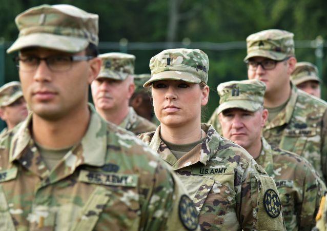 Soldados dos EUA durante abertura dos exercícios Rapid Trident-2018