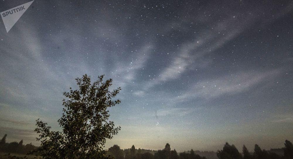 Céu na região de Moscou durante tempestade de meteoros, em agosto de 2019