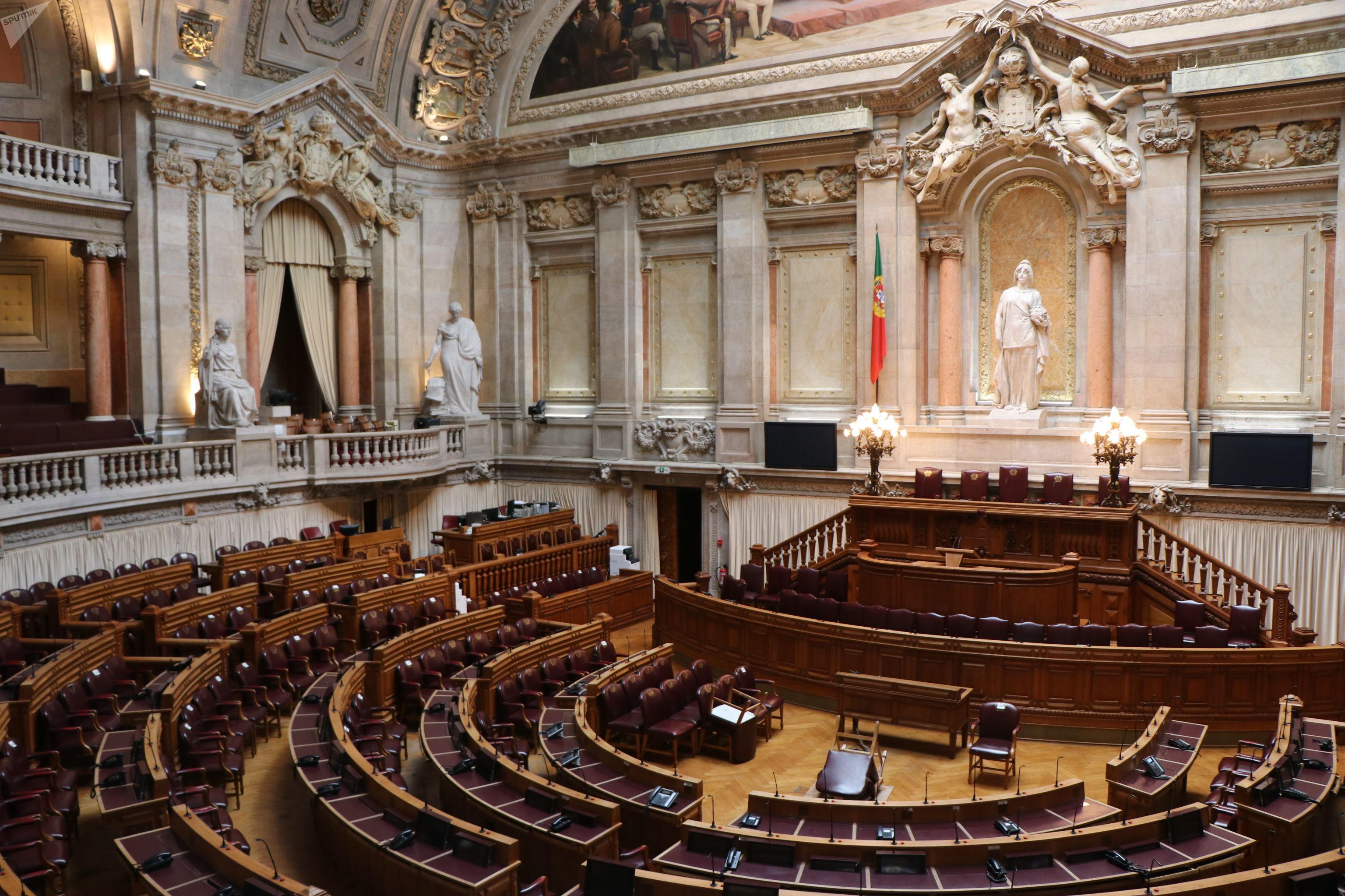 Sala das sessões do Palácio de São Bento, onde funciona a Assembleia da República