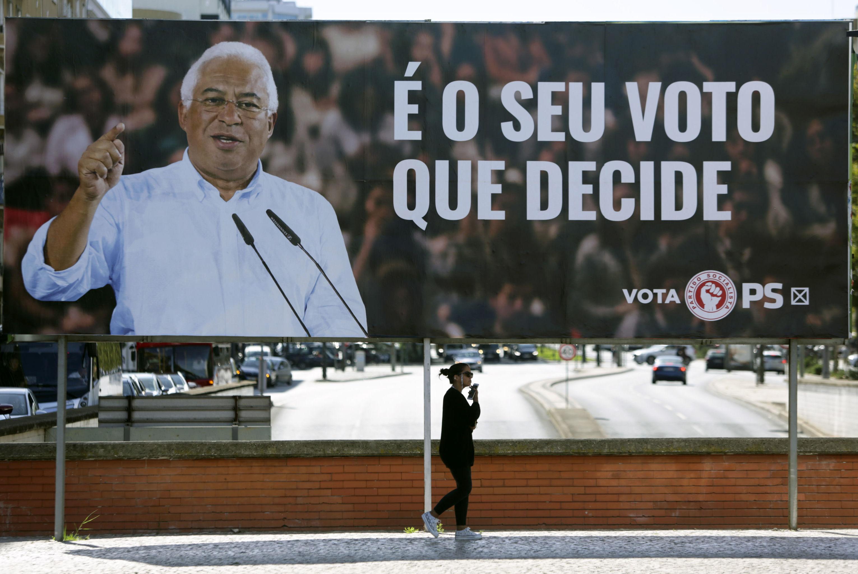 Outdoor com o premiê português e líder do Partido Socialista, António Costa