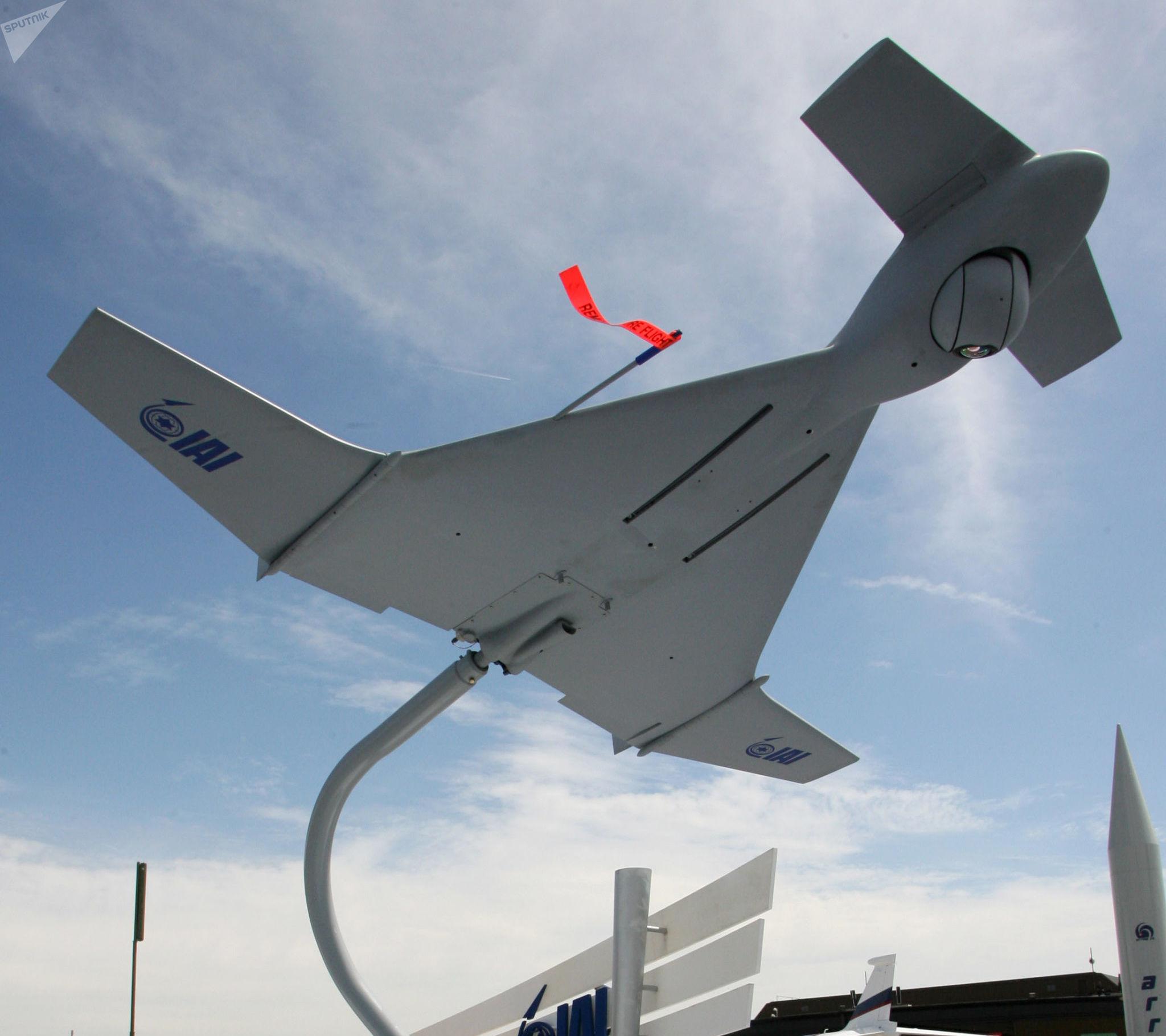 Maquete do drone israelense Harop no salão da empresa Israel Aerospace Industries