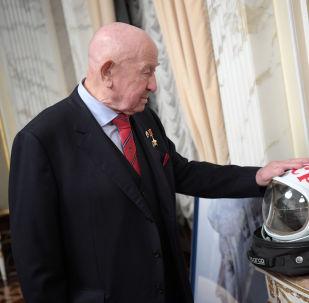 Cosmonauta soviético Aleksei Leonov em 2017