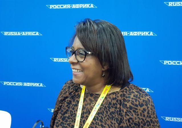 Ministra do Ensino Superior, Ciência, Tecnologia e Inovação de Angola, Maria do Rosário Bragança Sambo, no Fórum Econômico Rússia-África, 23 de outubro de 2019