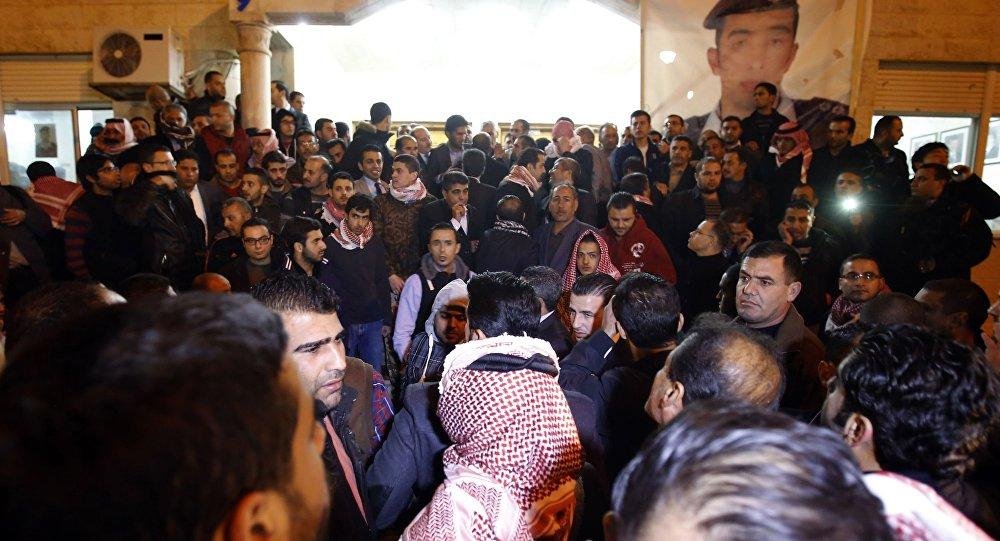 Piloto jordaniano foi queimado vivo