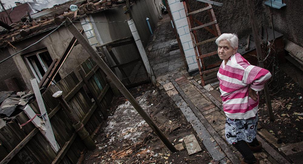 Donetsk está em ruínas após bombardeio