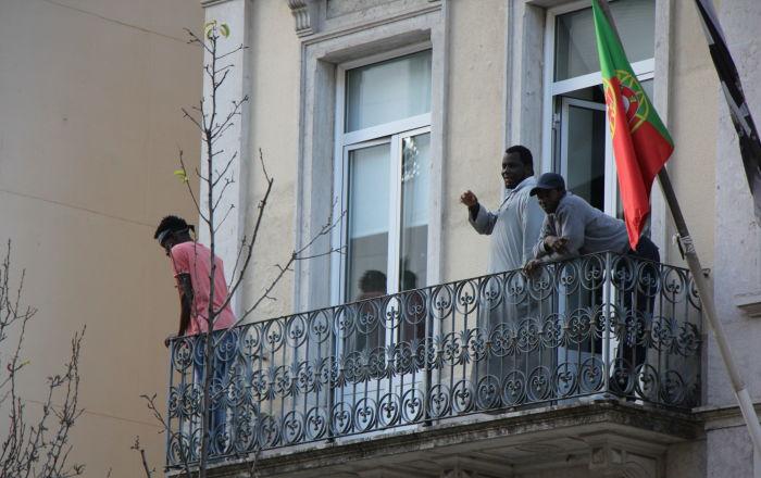 Em Portugal, brasileiros e africanos lideram novos casos de COVID-19 entre imigrantes