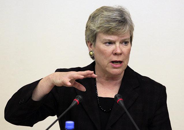 Rose Gottemoeller, secretária-adjunta para Controle de Armas e Segurança Internacional dos EUA. Foto de 2012