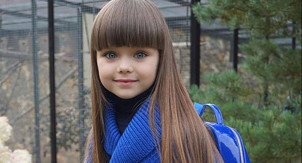 Foto de uma menina 86