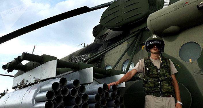 Piloto russo no aeródromo de Hmeymim na Síria