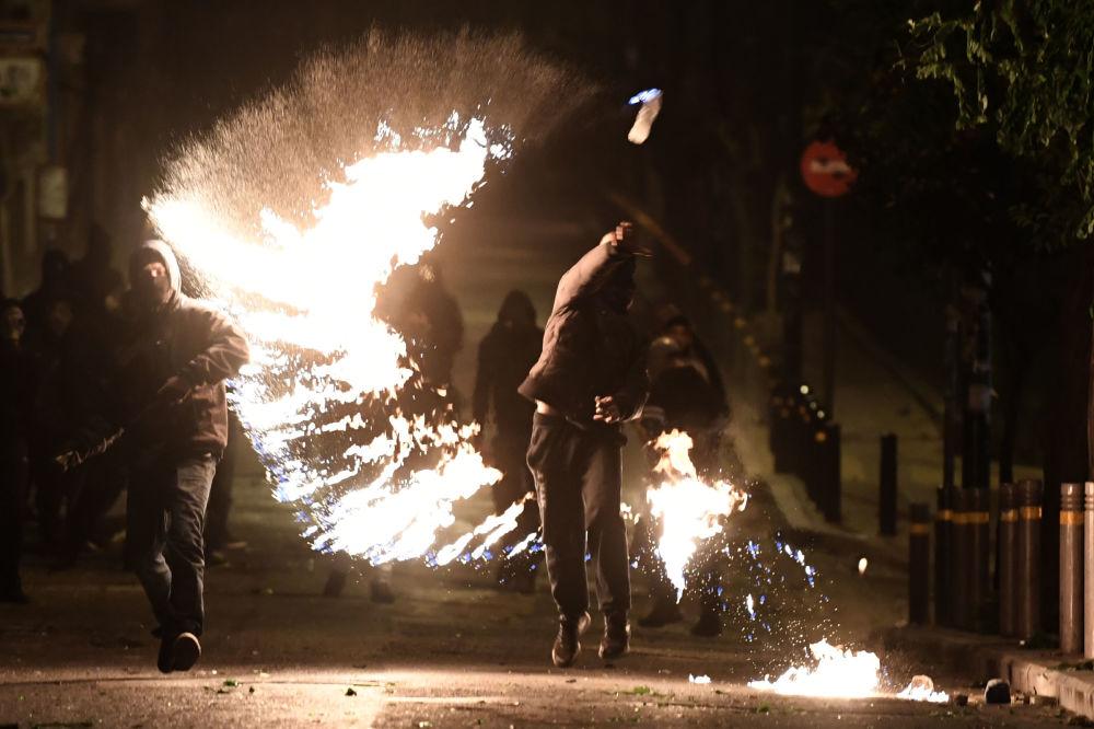 Protestos em Atenas