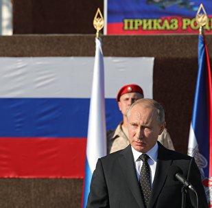 Presidente russo Vladimir Putin na base aérea russa de Hmeymim, na Síria, 11 de dezembro