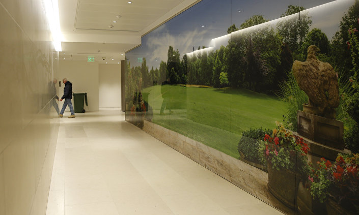 Vista do corredor na seção consular