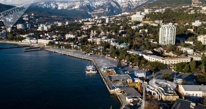 Cais de Lenin na cidade de Yalta, na Crimeia