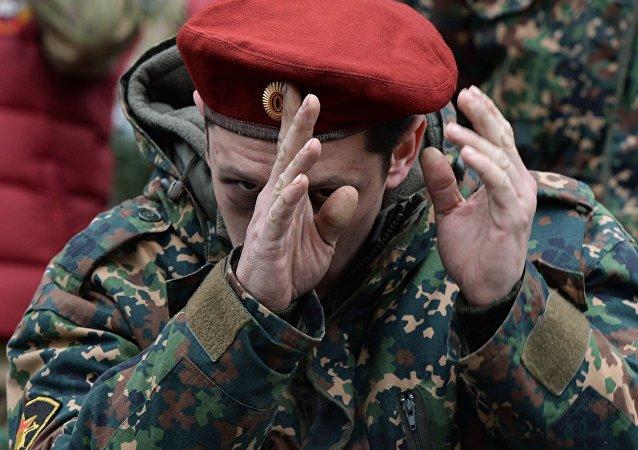 Soldado de boina vermelha