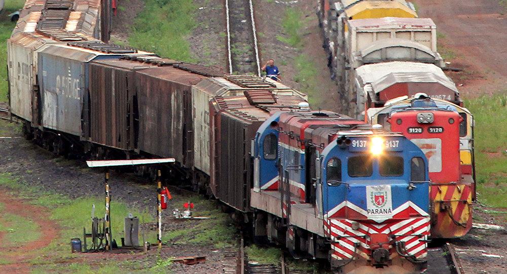 Velocidade média das ferrovias brasileiras é de 10 km por hora, a mais baixa desde 2001
