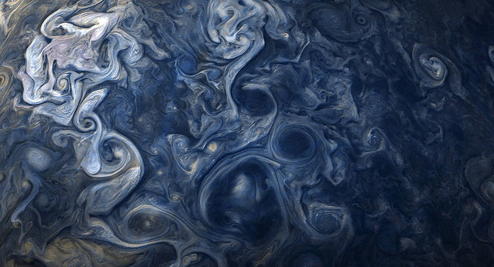 Nuvens azuis de Júpiter observadas da sonda da NASA, 24 de outubro de 2017