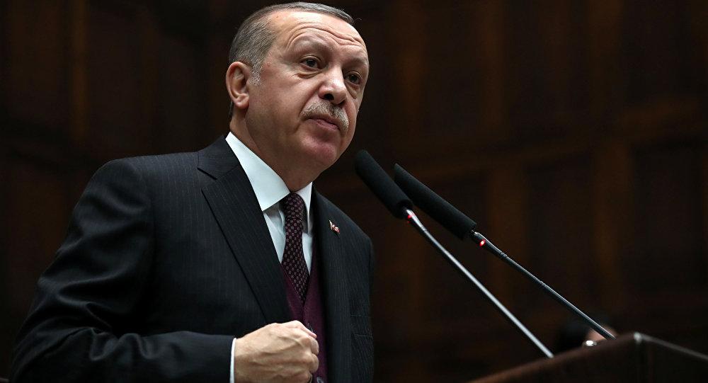 O presidente turco, Recep Tayyip Erdogan, durante a reunião do partido governante turco AKP, Ancara, 9 de janeiro de 2018