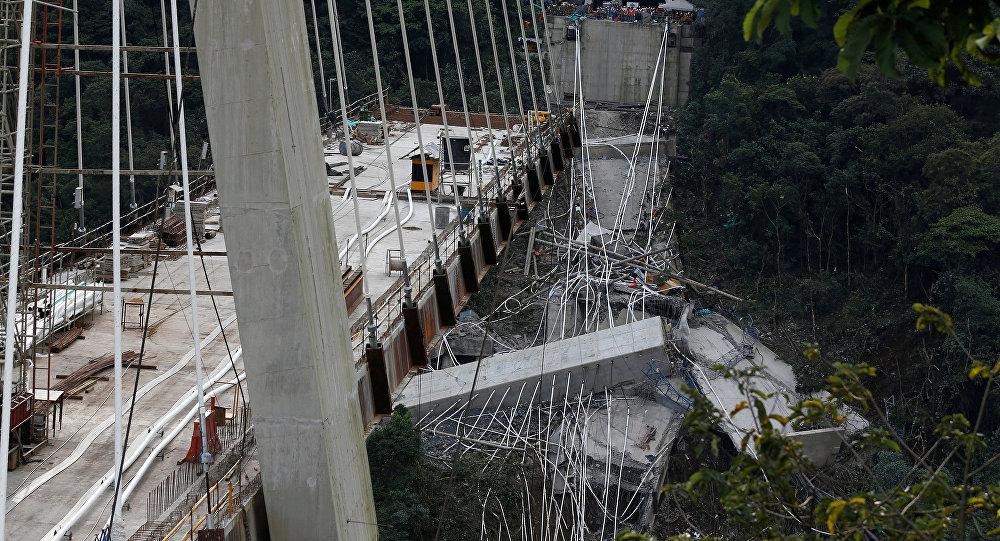 Dez morrem em desabamento de ponte em construção na Colômbia