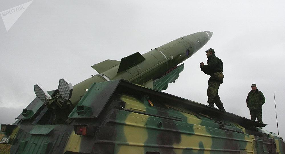 Sistema de lançamento de mísseis Tochka.