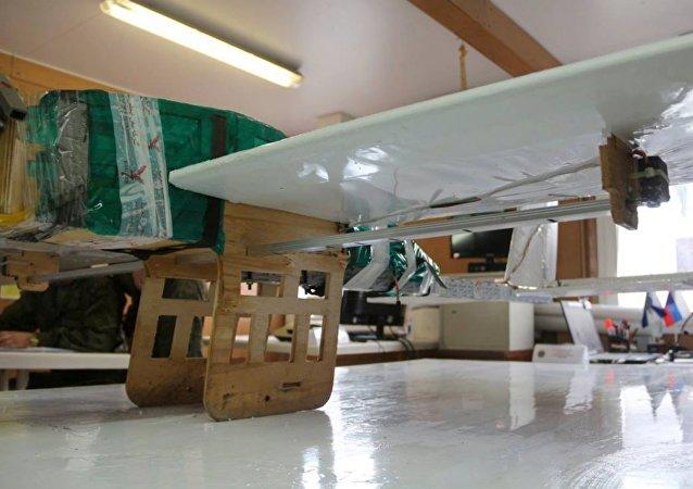 Drone usado no ataque contra as bases militares russas de Hmeymim e Tartus (Síria)