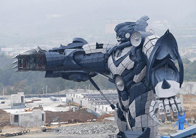 Produção do robô transformador no Vale Oriental da Ciência em Guiyang, China