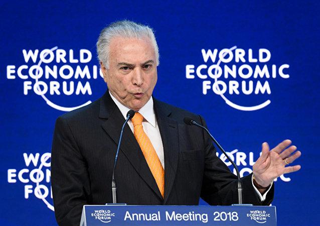 Michel Temer garante, em Davos, que programa de reformas é irreversível
