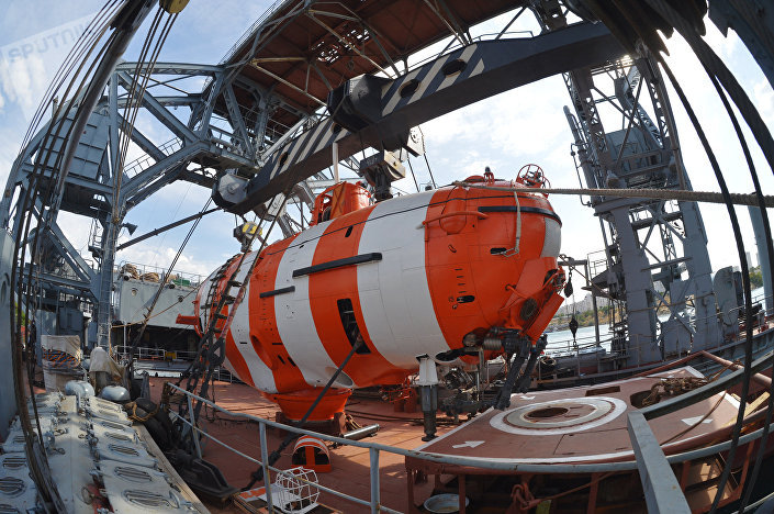 O batiscafo AS-28 usado no navio de resgate Kommuna