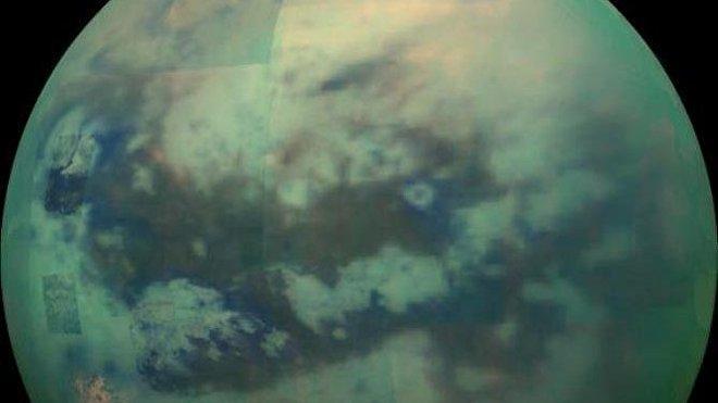 Titã, a maior lua de Saturno