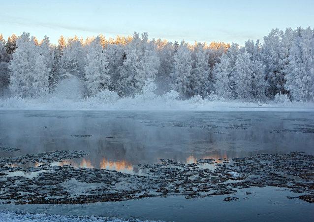 Um rio (imagem referencial)