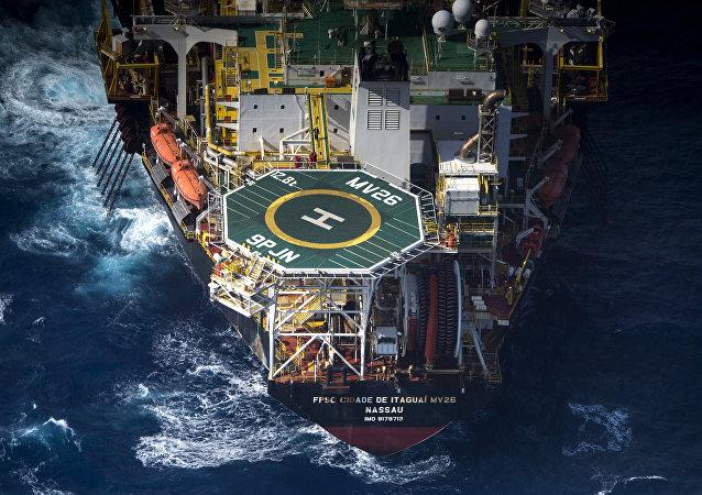 Produção do pré-sal em 2007 correspondeu a 50,7% de toda a extração de petróleo e gás do país