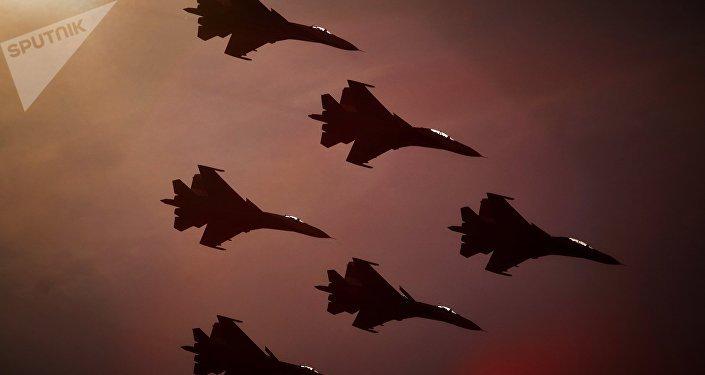 Caças russos Su-27