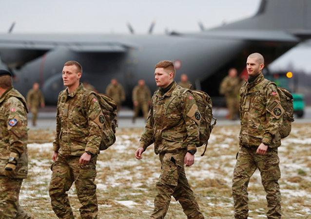 Forças da OTAN chegam à Estônia
