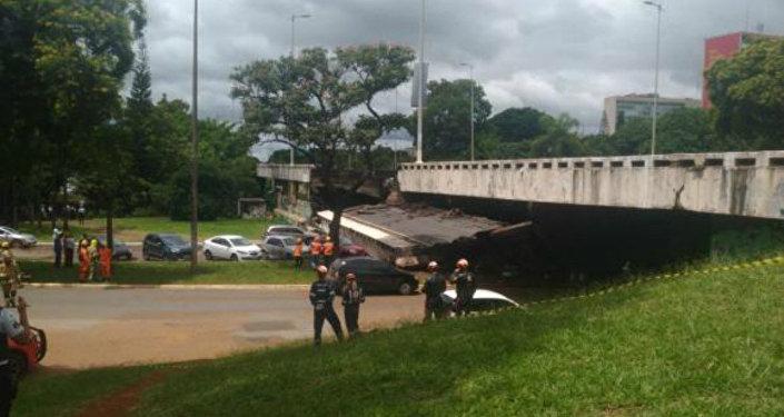 Desabamento ocorreu próximo ao meio-dia na área central de Brasília