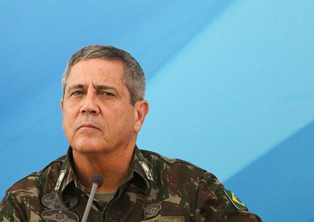 General Walter Souza Braga Netto, responsável pelo Comando Militar do Leste e indicado como interventor responsável pelas forças de segurança e o sistema prisional do Rio de Janeiro /