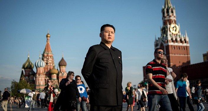 Howard, o australiano que vive como sósia do líder norte-coreano Kim Jong-un