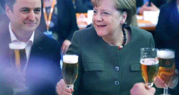 Acordo na Alemanha pode ajudar a ultrapassar encruzilhada na Europa