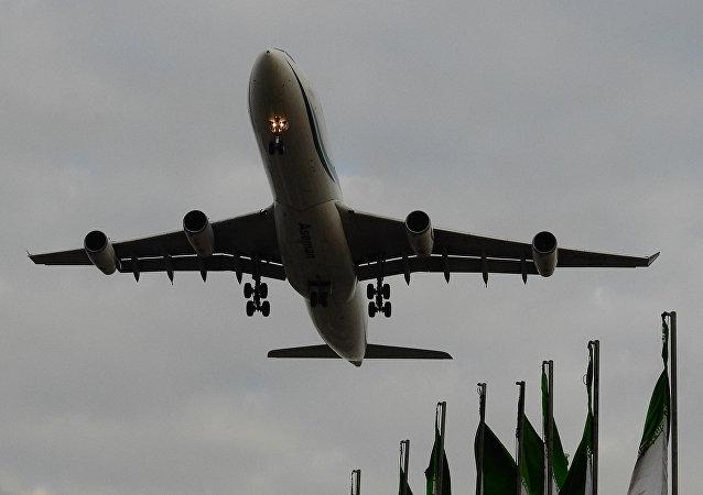 Avião da companhia aérea iraniana Aseman Airlines (foto de arquivo)
