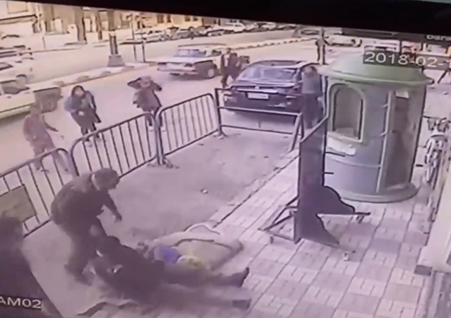 Egyptian police catch 5-year-old who fell from third story apartment