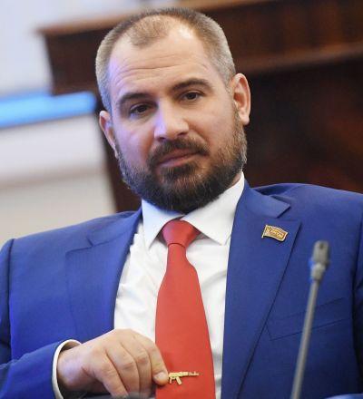 Maksim Suraikin
