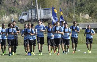 Jogadores da equipe uruguaia realizam um treinamento público (foto de arquivo)