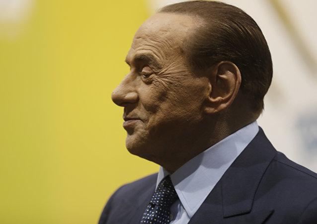 O ex-primeiro-ministro italiano, Silvio Berlusconi.