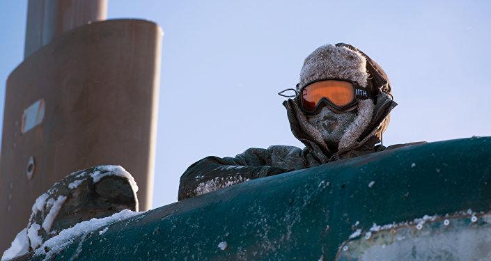 Marinheiro estadunidense no mar de Beaufort, no Ártico (foto de arquivo)