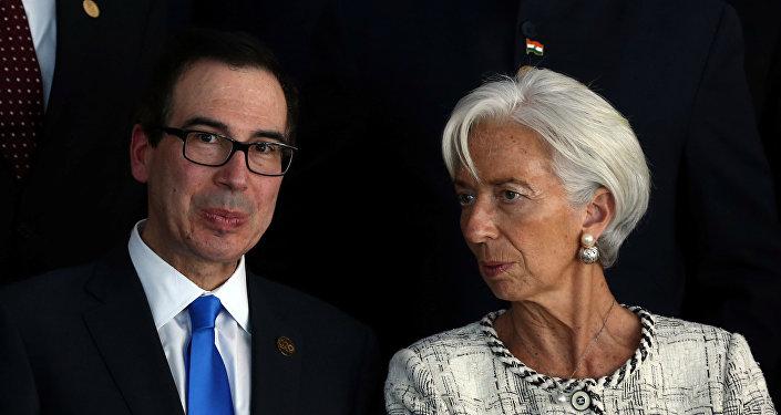 Secretário do Tesouro dos EUA, Steven Mnuchine, e a diretora-gerente do FMI Christine Lagarde, durante a Cúpula do G20, Buenos Aires